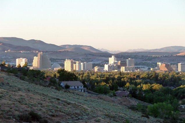 Photo Credit: Nevada Designs http://www.panoramio.com/photo/18366545
